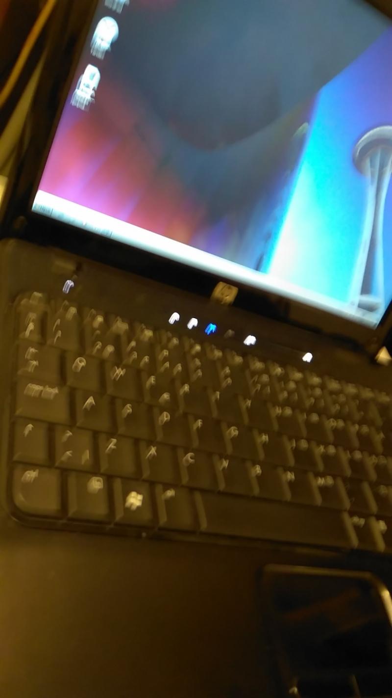 Ноутбук HP 2230S 2 ядра 2000 Mhz 2 Gb 150 hdd 12,1 dvd wi-fi camera  Если по эк